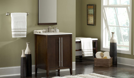 LowesForPros talked to experts about the latest trends in master bathroom remodeling.
